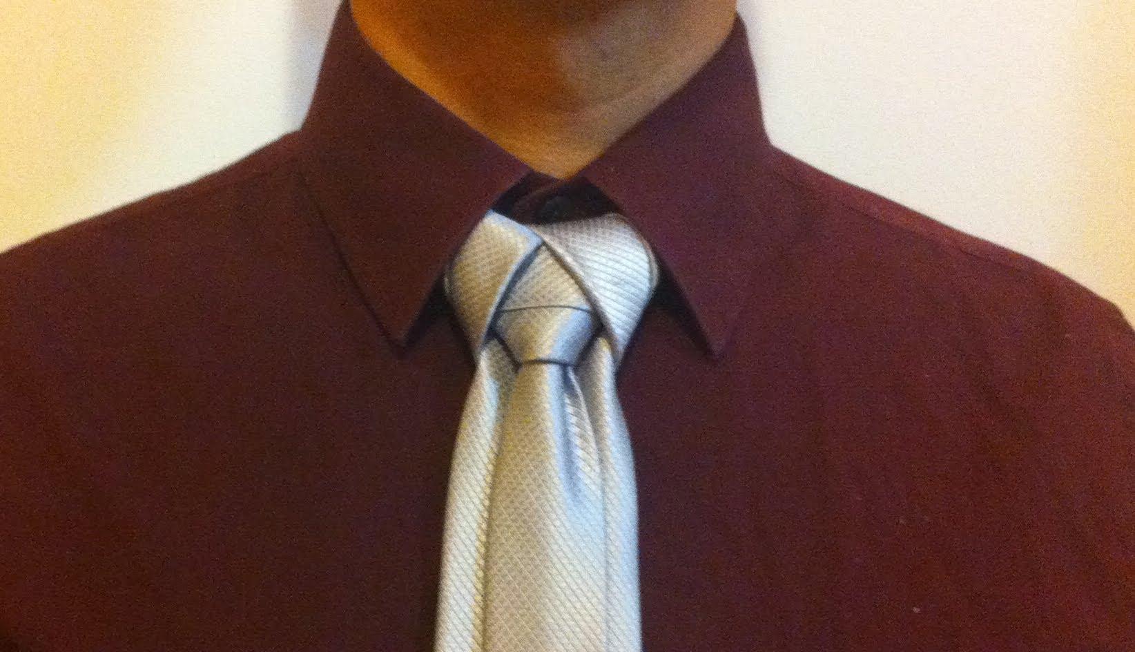 nudo de corbata creativo