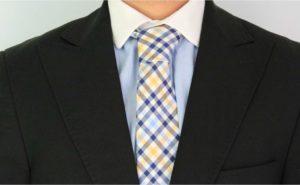 nudo simple corbata